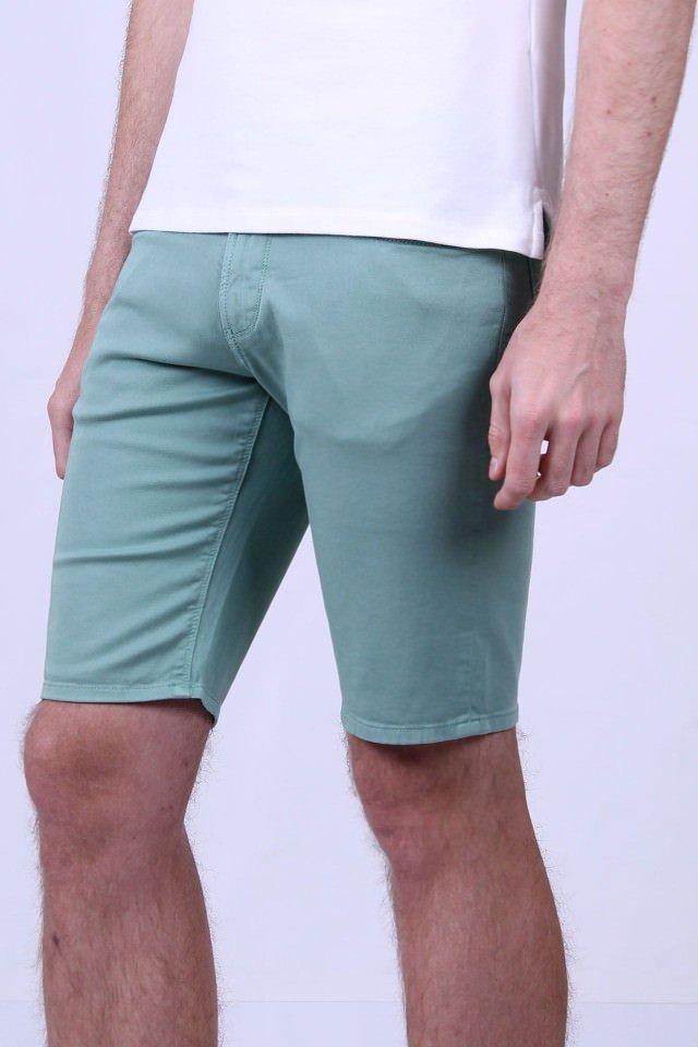 Купить брендовые мужские шорты в интернет-магазине ALANDS