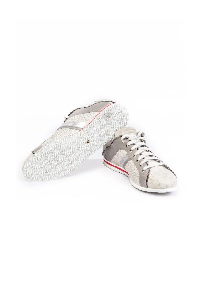 Купить брендовые мужские кроссовки в онлайн-бутике ALANDS